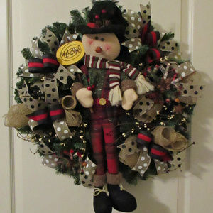 Adorable NEW Large Snowman Wreath